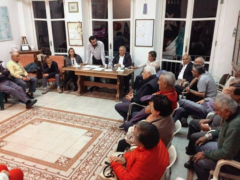 Il sindaco ascolta incontro con i pensionati di amalfi for Primo permesso di soggiorno dopo matrimonio