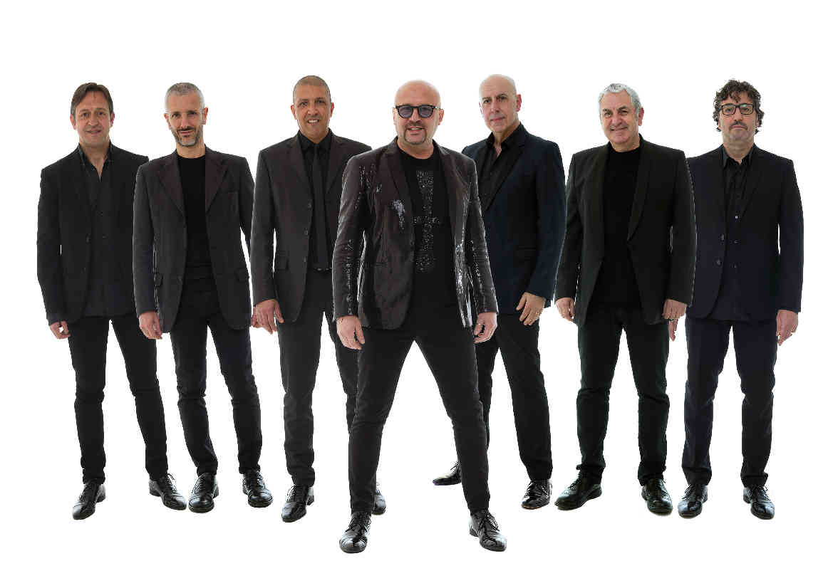 Frankie & Canthina Band in concerto